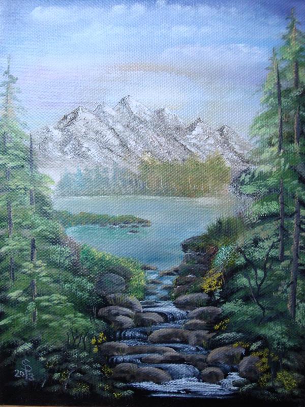 Berge mit Wildbach