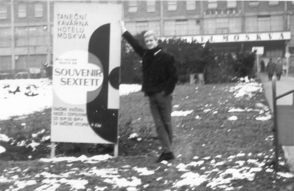 Souvenir-Sextett 3 Monate Gastspiel in Nachtbar Hotel Moskwa in Gottwaldo CSSR (1964)